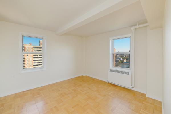 Riverton Square 2190 Madison Avenue Unit 4h 1 Bed Apt For Rent